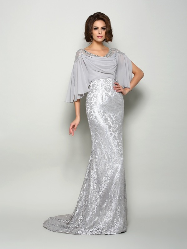 Half Sleeves Sirena Brush Train Plata Vestidos de Madrina