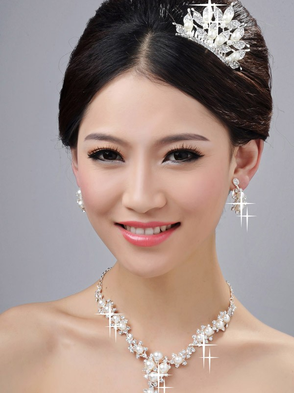 Bright Alloy Clear Cristals Wedding Party Earrings Set