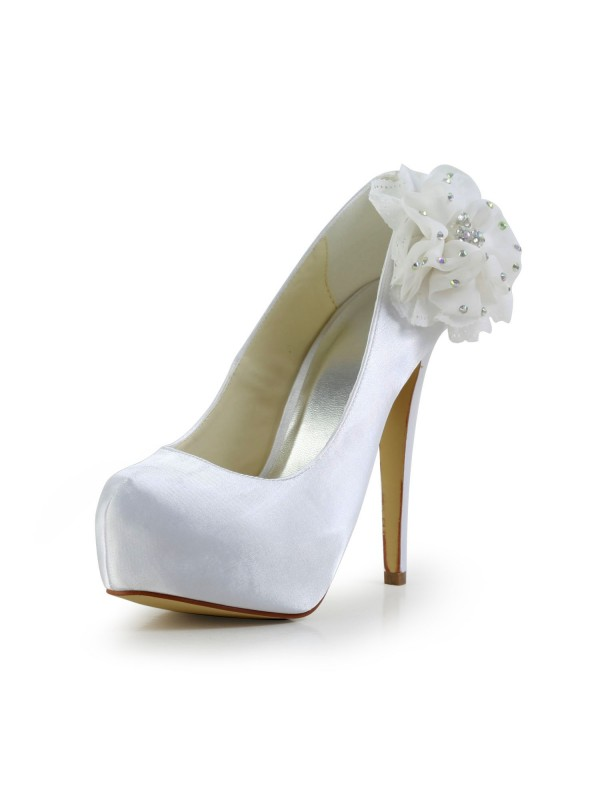 Satén Stiletto Heel Closed Toe Platform Blanco Wedding Shoes With Estrás