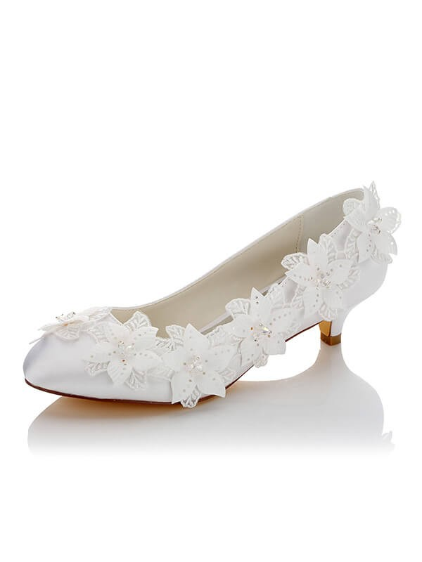 Satén PU Closed Toe Spool Heel Wedding Shoes